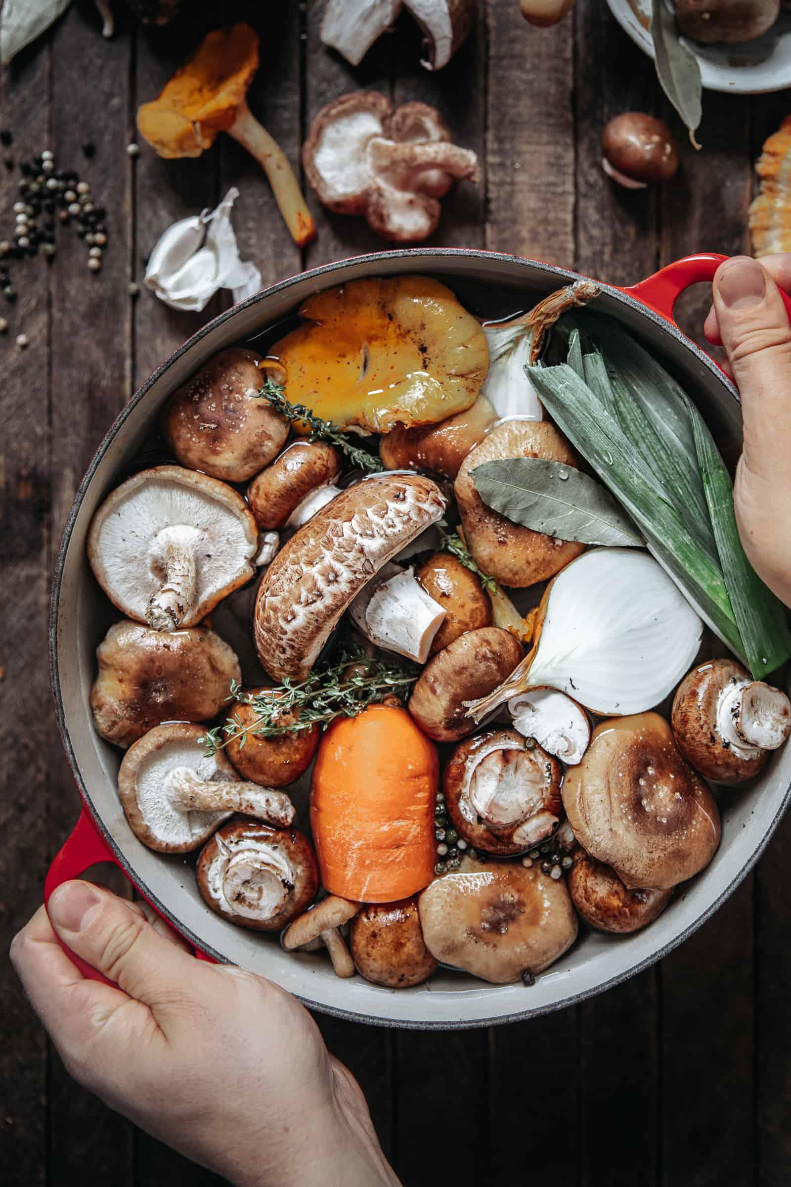 Easy Homemade Mushroom Stock