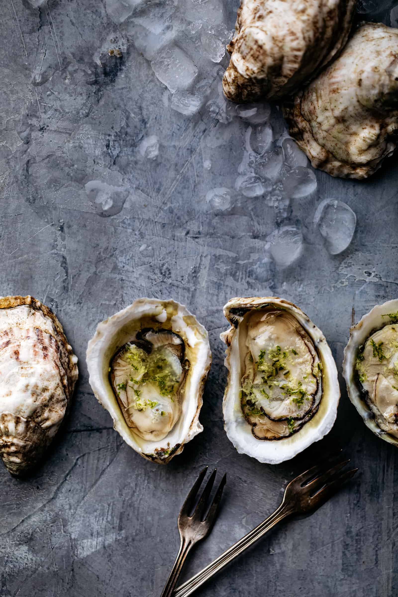 Oysters with Ginger-Lime Mignonette Sauce